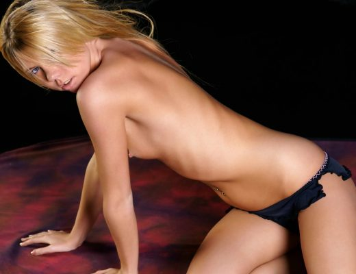 London escorts - Stunning Blonde Teen